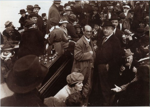 1920boatschonbergwibaut500[1].jpg