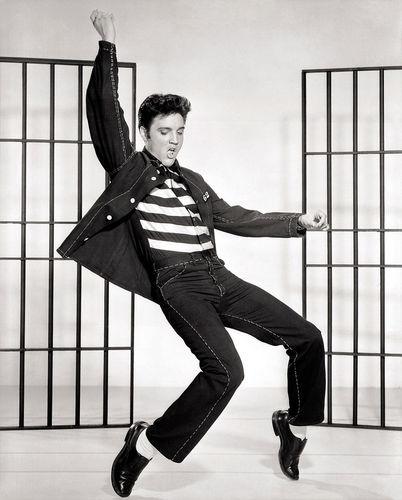 800px-Elvis_Presley_Jailhouse_Rock[1].jpg