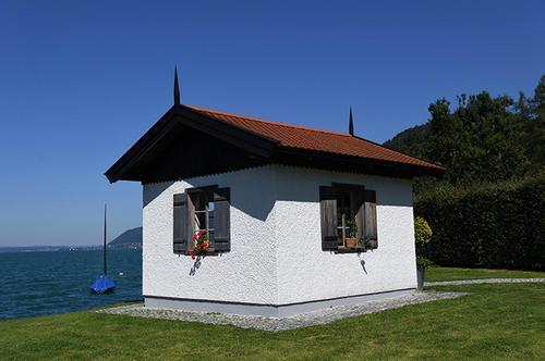 アッター湖畔のシュタインバッハーの街の作曲小屋.jpg